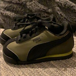 Olive Green Puma Roma Toddler Sneakers Size 5
